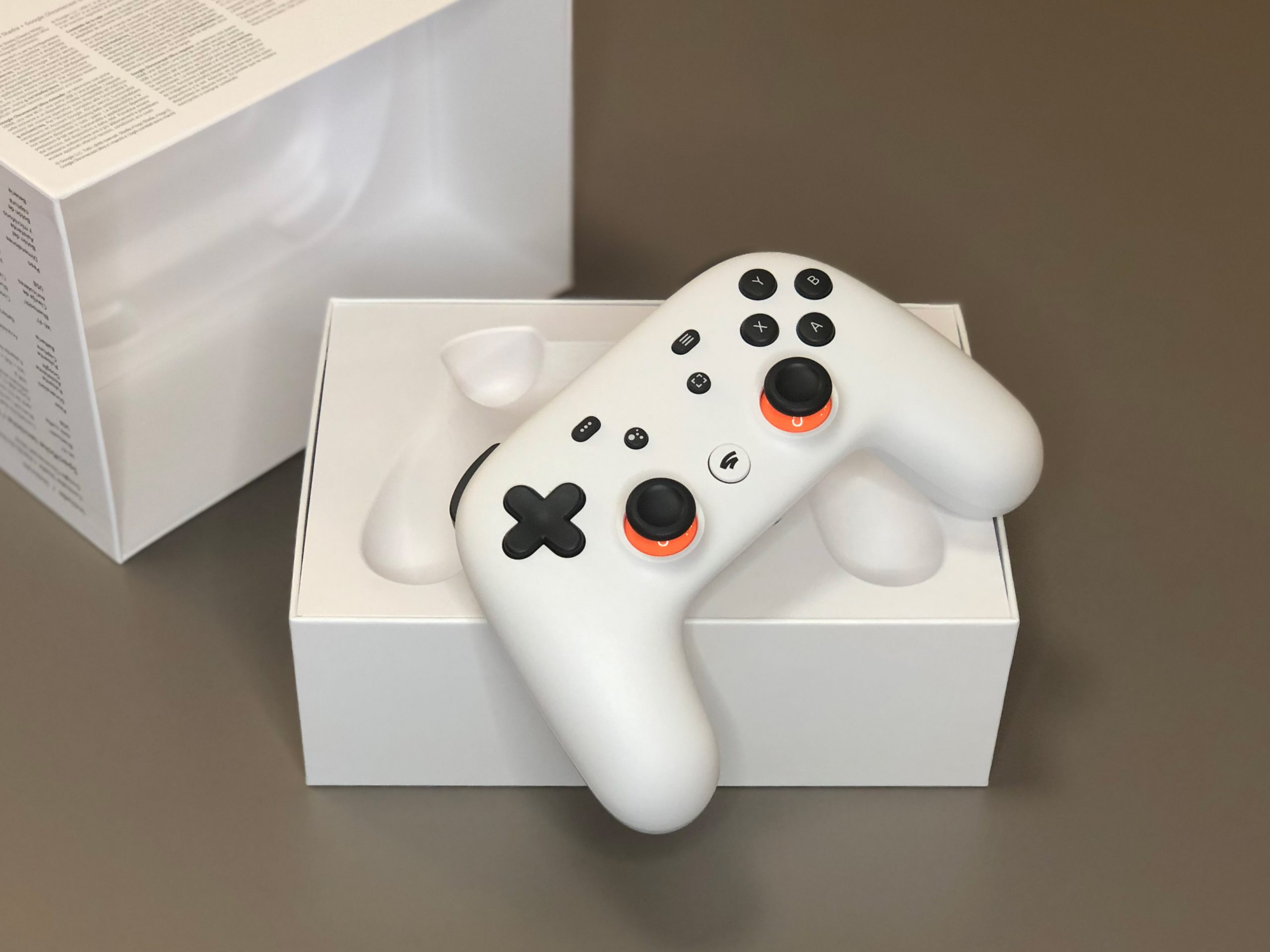 AllStadia unboxing 05 scaled